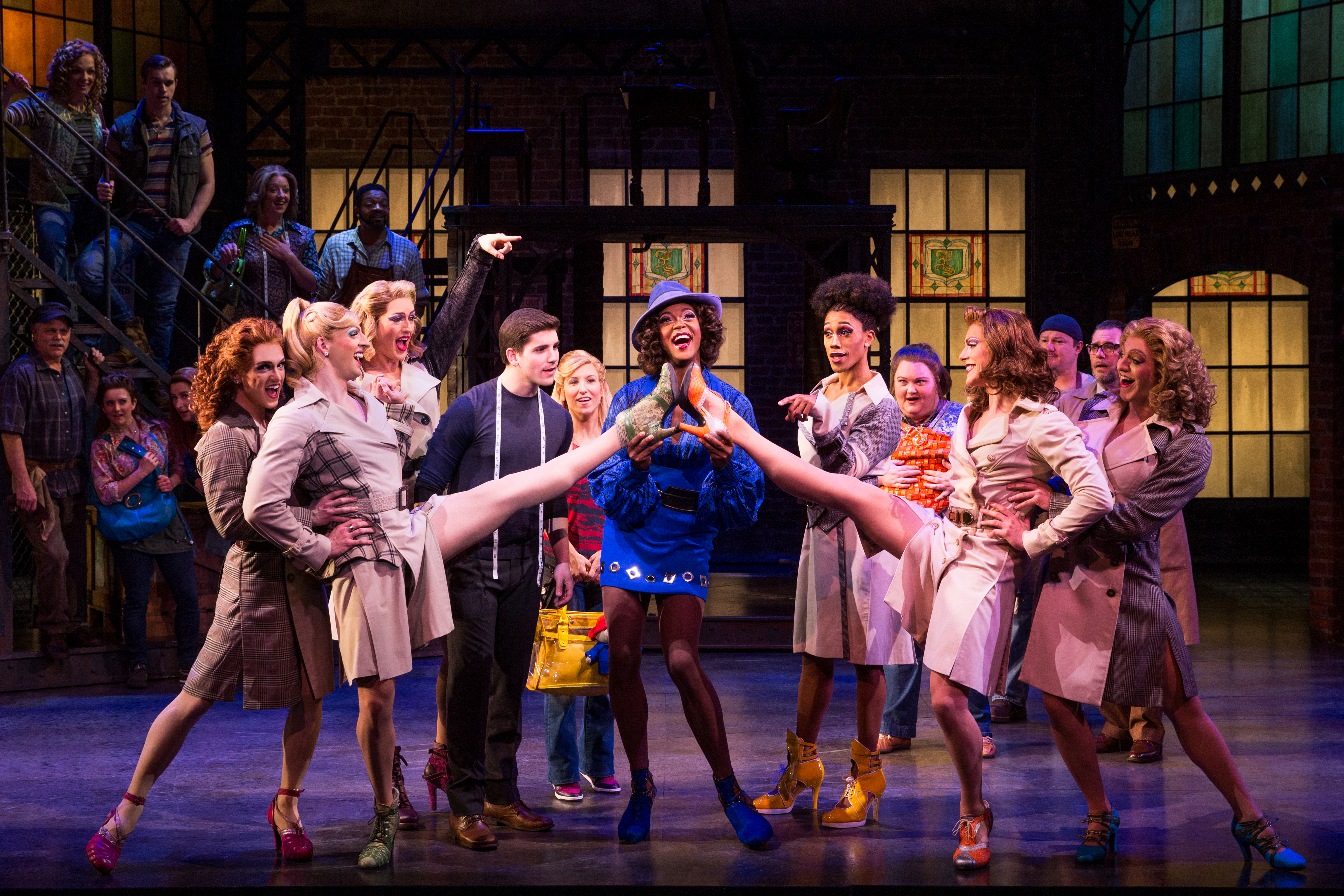 """KINKY BOOTS Will """"Raise You Up"""" With Its Uplifting, Entertaining Story"""
